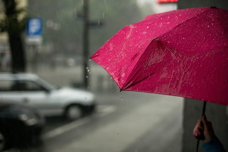 Как правильно сушить зонт после дождя: почему нельзя в ...